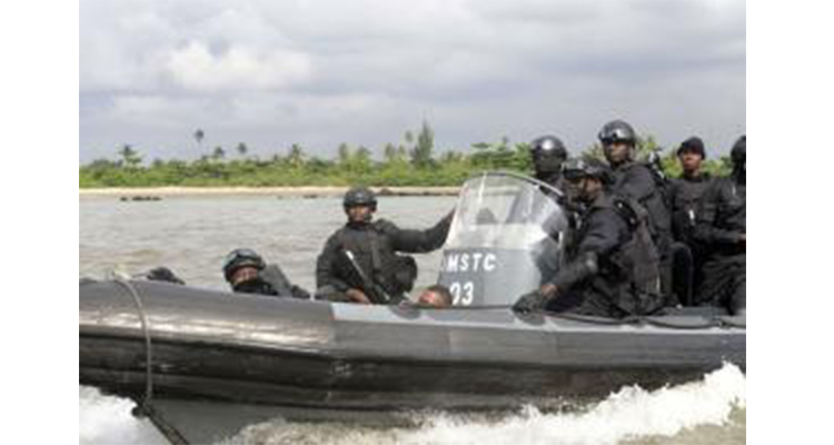 piracy__nigeria_navy_afp