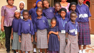 AUNs-Feed-Read-Girls-in-their-New-Uniforms-1-320x180